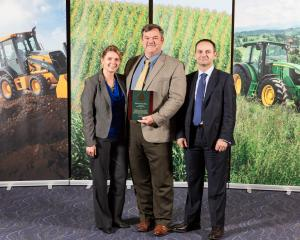 "Bellota, John Deere ""PARTNER"" for the fifth consecutive year."